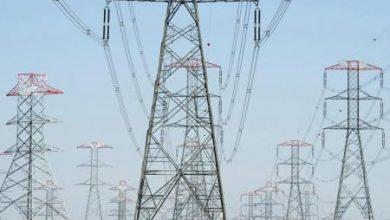Photo of الكهرباء: أنفقنا مليارا و640 مليون جنيه لتأمين التوزيع الكهربائى للمشروعات بسيناء