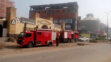 Photo of بالصور..الحماية المدنية بالدقهلية تسيطر على حريق هائل بميت غمر