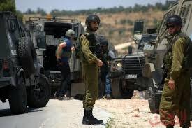 Photo of الأمن الإسرائيلي يعتقل سيدتين عند باب الأقصى
