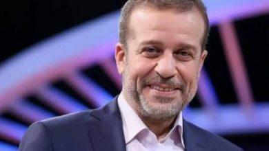 Photo of بعد تهديدها بالانتحار.. شريف منير يتعاطف مع منى فاروق ويقدم لها فرصة عمرها