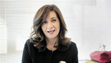 Photo of وزيرة الهجرة تستقبل نظيرتها الهولندية بمطار القاهرة