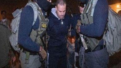 Photo of والد شهيد الواحات بعد تسليم هشام عشماوي: شكرا للرئيس دم ابننا لم يذهب