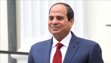 Photo of السيسي يتفقد سير مجموعة مشروعات الطرق والكباري بمصر الجديدة