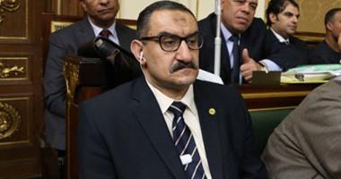 Photo of الغول يطالب بحسم إشكالية الجمع بين رئاسة اللجنة الأولمبية ومراكز التسوية والمنازعات