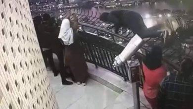 Photo of بالصور.. لحظة انتحار طالب هندسة من أعلى برج القاهرة