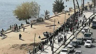 Photo of سيارة تقتحم كورنيش بنى سويف و تقتل شابا وتصيب سيدة