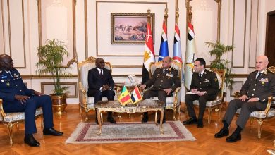 Photo of وزير الدفاع والإنتاج الحربى يلتقى وزير القوات المسلحة بجمهورية السنغال …