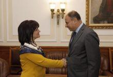 Photo of سفير مصر في بلغاريا يلتقي برئيسة البرلمان البلغاري