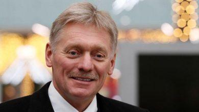 Photo of إنترفاكس: الكرملين يقول روسيا ملتزمة بمحادثات نفطية بناءة