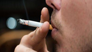 "Photo of الصحة العالمية تحذرالمدخنون : الفئات الأكثر تعرضا للإصابة ""بفيروس كورونا"""