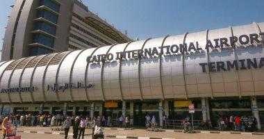 Photo of مطار القاهرة يشهد اليوم سفر ووصول 129 رحلة لنقل 16 ألف راكب