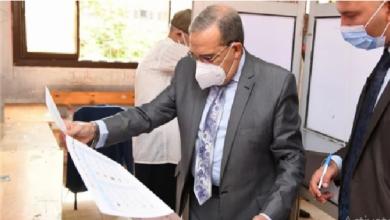 Photo of وزير الدولة للإنتاج الحربى يدلى بصوته بانتخابات مجلس الشيوخ بمدينة نصر