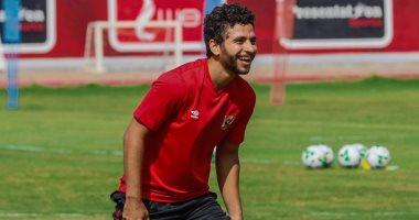 Photo of محمد محمود يشارك فى مران الأهلي