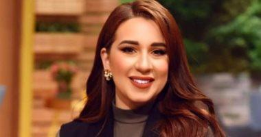 "Photo of أسما شريف منير تطلق تحدي ""30 يوم بالحجاب"""