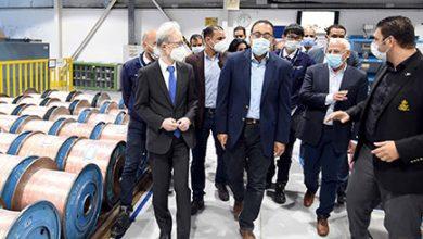 """Photo of رئيس الوزراء يتفقد مصنع """"إس إي ويرنج سيستمز ايجيبت"""" لإنتاج الضفائر الإلكترونية للسيارات ببورسعيد"""