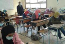 Photo of طلاب الثانوية العامة يبدأون الامتحان التجريبى