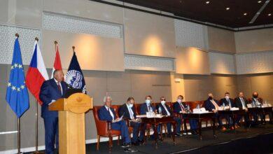Photo of شكرى ووزير خارجية التشيك يشاركان فى فعاليات منتدى الأعمال المصرى التشيكى