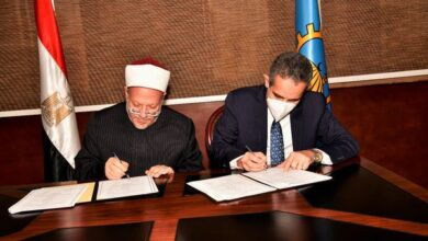 Photo of محافظ الغربية ومُفتى الديار المصرية يوقعان عقدا لإقامة فرع للإفتاء بالغربية